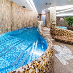 Wellton Riga Hotel & SPA бассейн фото 4