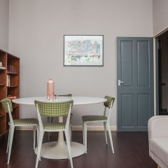 Апартаменты Stylish 1 Bedroom Apartment Near Kings Cross комната для гостей фото 4