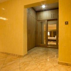 Отель Bays Luxury Lodge бассейн