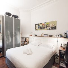 Апартаменты Classic Studio in Montmartre комната для гостей