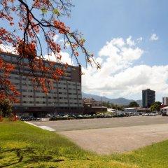 Отель Crowne Plaza San Jose Corobici парковка
