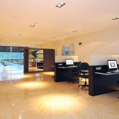 Отель Air Rooms Barcelona Эль-Прат-де-Льобрегат интерьер отеля