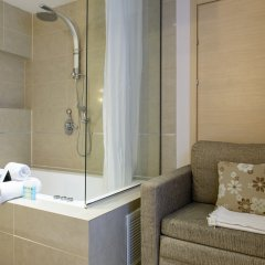 Отель Royalty Suites ванная