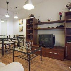 Апартаменты Espai Barcelona Camp Nou Apartment комната для гостей фото 3