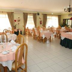 Отель Turim Estrela do Vau Hotel Португалия, Портимао - отзывы, цены и фото номеров - забронировать отель Turim Estrela do Vau Hotel онлайн питание