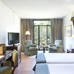 Отель Parador De Cangas De Onis Кангас-де-Онис комната для гостей фото 2