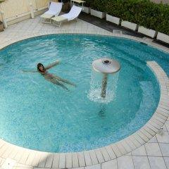 Отель La Gradisca Римини бассейн