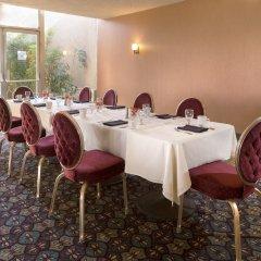 Отель Borrego Springs Resort and Spa питание