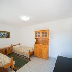 Отель Guest House Spiro Near Botanical Garden Балчик комната для гостей фото 2