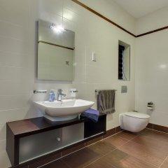 Отель Pure Luxury Apartment With Pool Мальта, Слима - отзывы, цены и фото номеров - забронировать отель Pure Luxury Apartment With Pool онлайн ванная фото 2