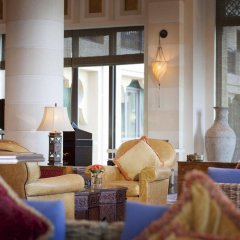 Отель Jumeirah Dar Al Masyaf - Madinat Jumeirah ОАЭ, Дубай - 2 отзыва об отеле, цены и фото номеров - забронировать отель Jumeirah Dar Al Masyaf - Madinat Jumeirah онлайн интерьер отеля фото 2