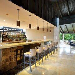 Отель Grand Palladium Punta Cana Resort & Spa - Все включено Доминикана, Пунта Кана - отзывы, цены и фото номеров - забронировать отель Grand Palladium Punta Cana Resort & Spa - Все включено онлайн гостиничный бар