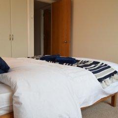 Отель 2 Bedroom Flat in Canary Wharf With Balcony Великобритания, Лондон - отзывы, цены и фото номеров - забронировать отель 2 Bedroom Flat in Canary Wharf With Balcony онлайн комната для гостей фото 2