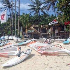 Отель Funboard Center And Ocean View Apartment Филиппины, остров Боракай - отзывы, цены и фото номеров - забронировать отель Funboard Center And Ocean View Apartment онлайн пляж