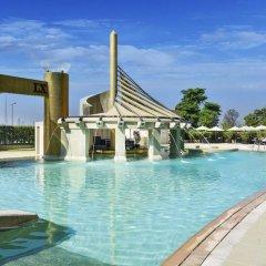 Отель Raffles Dubai бассейн фото 2
