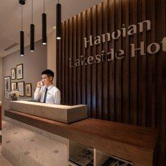 Отель Hanoian Lakeside Hotel Вьетнам, Ханой - отзывы, цены и фото номеров - забронировать отель Hanoian Lakeside Hotel онлайн интерьер отеля фото 3