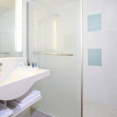 Отель Novotel Zurich City-West Швейцария, Цюрих - 9 отзывов об отеле, цены и фото номеров - забронировать отель Novotel Zurich City-West онлайн ванная