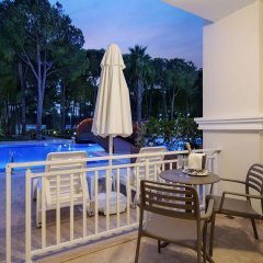 Bellis Deluxe Hotel Турция, Белек - 10 отзывов об отеле, цены и фото номеров - забронировать отель Bellis Deluxe Hotel онлайн балкон