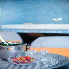 Luxury Family Hotel Royal Palace бассейн