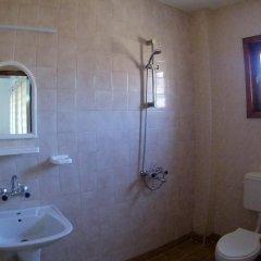 Отель Alex Болгария, Балчик - отзывы, цены и фото номеров - забронировать отель Alex онлайн ванная