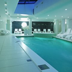 Wellton Centrum Hotel & Spa бассейн фото 2
