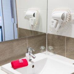 Отель ZEN Rooms Rat-U-Thid 200 Phi Road ванная фото 3