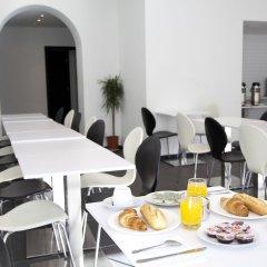 Отель Barry Бельгия, Брюссель - отзывы, цены и фото номеров - забронировать отель Barry онлайн питание