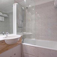 Отель Best Western Lakmi hotel Франция, Ницца - 9 отзывов об отеле, цены и фото номеров - забронировать отель Best Western Lakmi hotel онлайн ванная