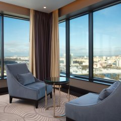 DoubleTree by Hilton Hotel Minsk комната для гостей фото 7