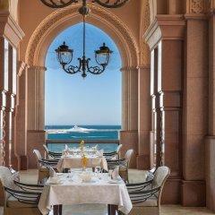 Отель Emirates Palace Abu Dhabi в номере