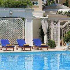 Royal Olympic Hotel бассейн