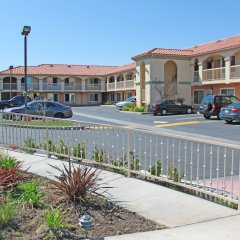 Отель Crystal Inn Suites & Spas фото 7