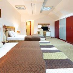 Отель Garni Hotel Villa Family Сербия, Белград - отзывы, цены и фото номеров - забронировать отель Garni Hotel Villa Family онлайн фитнесс-зал