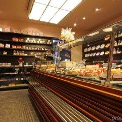 Отель Hauser Swiss Quality Hotel Швейцария, Санкт-Мориц - отзывы, цены и фото номеров - забронировать отель Hauser Swiss Quality Hotel онлайн питание фото 2