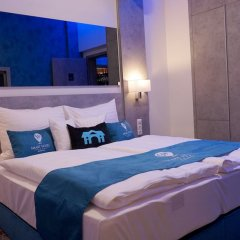 Smart Hotel Budapest Будапешт сейф в номере