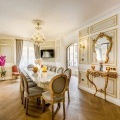 Отель Luxury 6Bdr 5Bth Heritage Building - Louvre View Франция, Париж - отзывы, цены и фото номеров - забронировать отель Luxury 6Bdr 5Bth Heritage Building - Louvre View онлайн фото 37