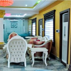 Отель Caledonian Suites спа