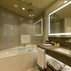 Hilton Istanbul Kozyatagi Турция, Стамбул - 3 отзыва об отеле, цены и фото номеров - забронировать отель Hilton Istanbul Kozyatagi онлайн ванная