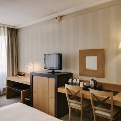 Отель Courtyard by Marriott Madrid Princesa удобства в номере