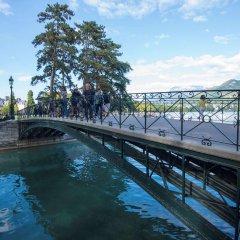 Отель Campanile Annecy - Cran Gevrier бассейн
