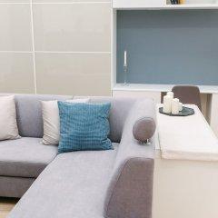 Апартаменты Dfive Apartments - Parlament Residence комната для гостей фото 4