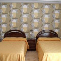 Отель Hostal Salones Victoria спа