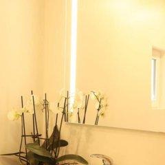 Отель La Grange Renaud Chambres Dhotes Франция, Сомюр - отзывы, цены и фото номеров - забронировать отель La Grange Renaud Chambres Dhotes онлайн ванная