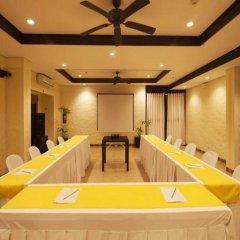 Отель Microtel by Wyndham Boracay Филиппины, остров Боракай - 1 отзыв об отеле, цены и фото номеров - забронировать отель Microtel by Wyndham Boracay онлайн помещение для мероприятий