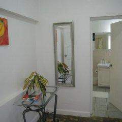 Отель San San Tropez Ямайка, Порт Антонио - отзывы, цены и фото номеров - забронировать отель San San Tropez онлайн комната для гостей фото 5