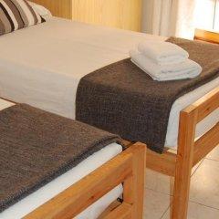 Отель Apartamentos Bahia Барселона комната для гостей фото 5