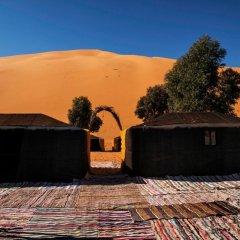 Отель Ksar Bicha Марокко, Мерзуга - отзывы, цены и фото номеров - забронировать отель Ksar Bicha онлайн парковка