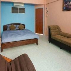 Отель Roomstay Ruenkaew Бангкок комната для гостей фото 4