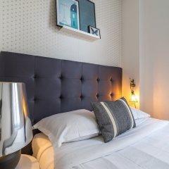 Отель Marais Family Appartment Париж сейф в номере
