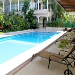 Hotel Villa Las Margaritas Sucursal Caxa бассейн фото 3